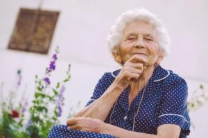 iStock-653902008 elderly lady compressed